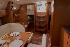Lease Yacht - QT-Saloon