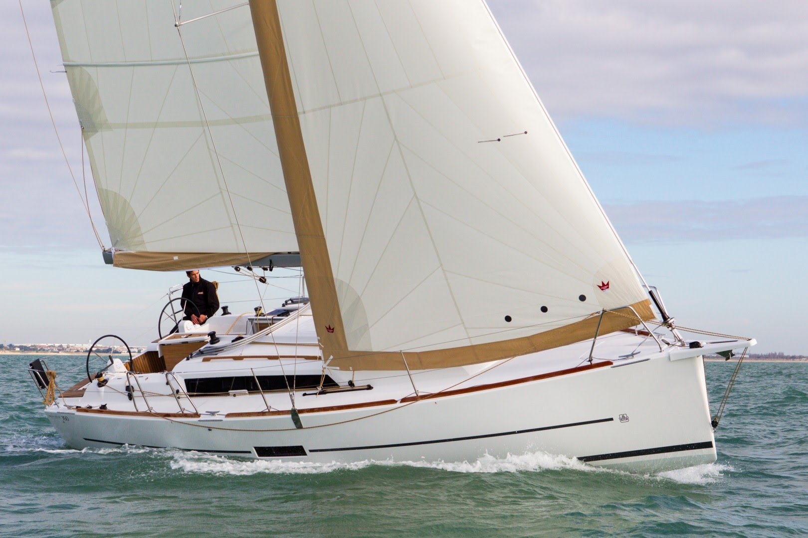 Another 35ft Monohull Required